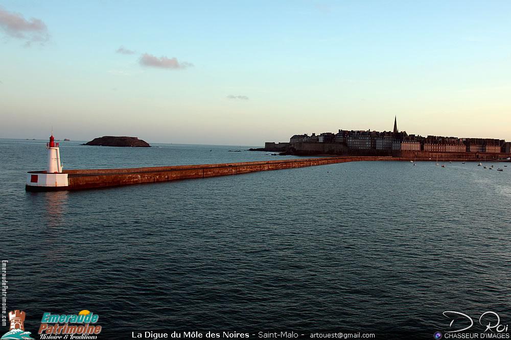Digue du Môle des Noires - Saint-Malo