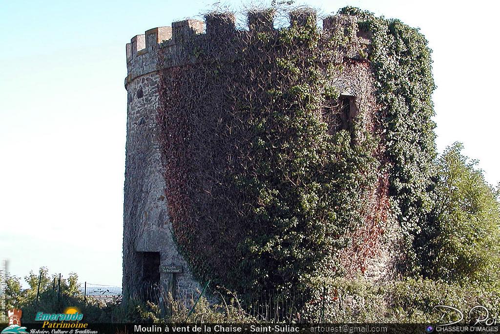 Moulin à vent crénelé de la Chaise - Saint-Suliac
