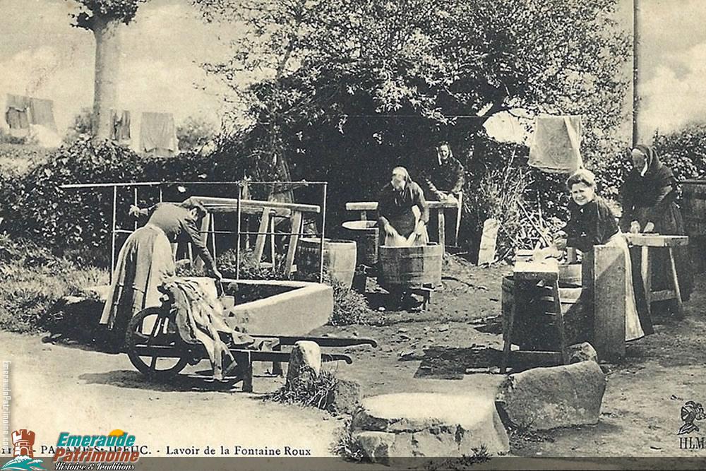 Lavoir de la fontaine roux - Paramé Saint-ideuc